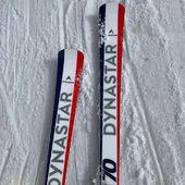 On a testé les nouveaux Dynastar M Course. Série ultra limitée bientôt disponible chez Speck-sports. #dynastar #skicourse #cervinia #ski #specksports #zermatt #skigear