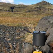 La cuisine au grand air. Trip en Islande de manu Volk #iceland #islande #randonnee #msrgear #trip #rechaud #outdoorcooking #specksports #vacances