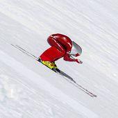 Les deux premières étapes de la Coupe du monde de ski de vitesse auront lieu ce week-end dans la station de Vars (1-2 février). Les skieurs les plus rapides au monde s'affronteront à plus de 250km/h. ! 😱💥⚡️ .#specksports #ski #coupedumonde #vitesse #vars #alsace