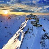 Le Schiltorn ! Restaurant panoramique dans les alpes suisse, une vue magnifique sur le massif. 🎿⛷💥☀️ . #specksports #suisse #schiltorn #landscape